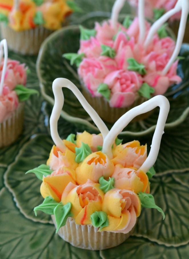 dekor/cvetochnye-kompozicii-k-pashe-svoimi-rukami-foto-31.jpg