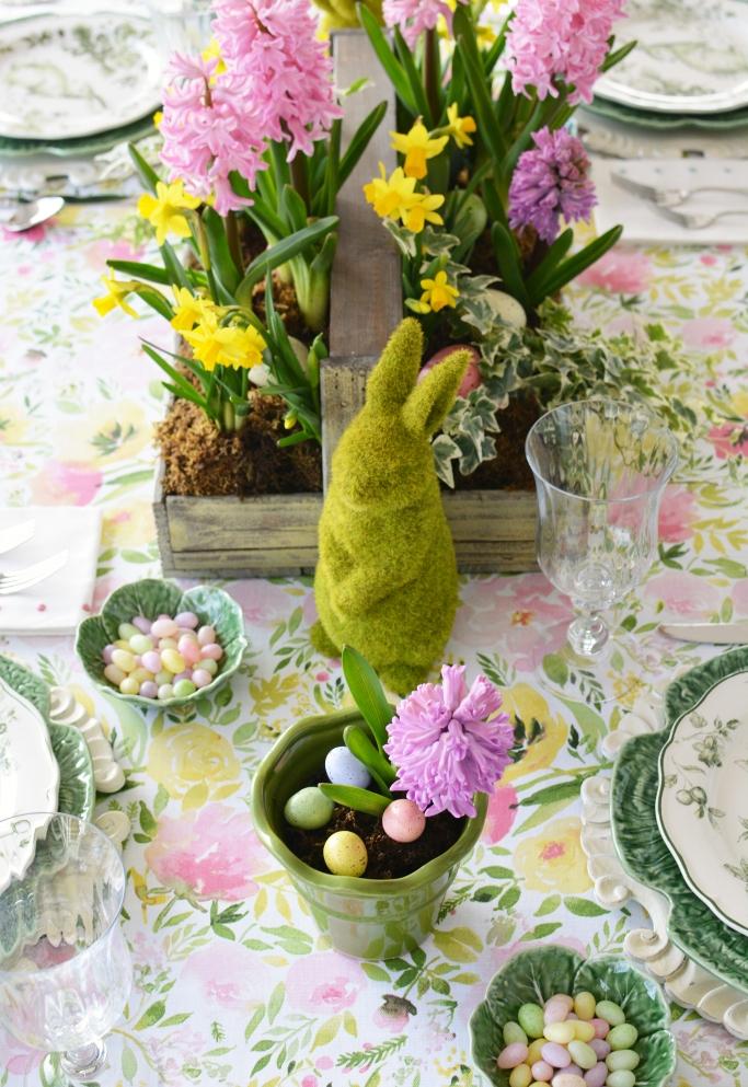 dekor/cvetochnye-kompozicii-k-pashe-svoimi-rukami-foto-33.jpg