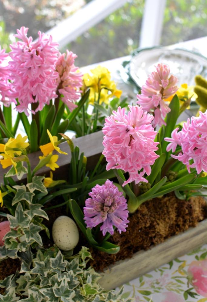 dekor/cvetochnye-kompozicii-k-pashe-svoimi-rukami-foto-35.jpg