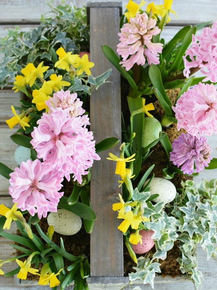 dekor/cvetochnye-kompozicii-k-pashe-svoimi-rukami-foto-37.jpg