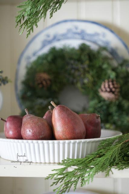 dekor/frukty-na-novogodnem-stole-foto-provans-12.jpg