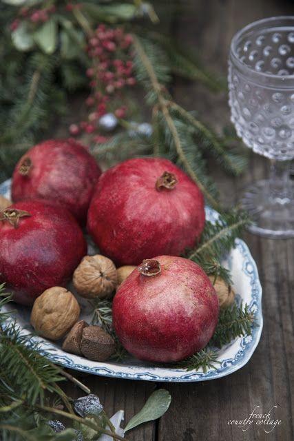 dekor/frukty-na-novogodnem-stole-foto-provans-4.jpg