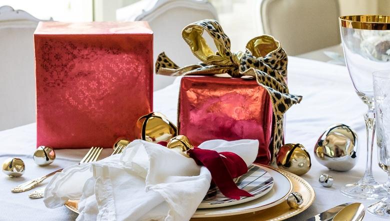 dekor/idei-servirovki-novogodnego-stola-2017-foto-v-stile-provans-5.jpg