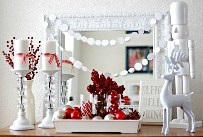 dekor/krasnye-novogodnie-shary-v-stile-provans-7.jpg