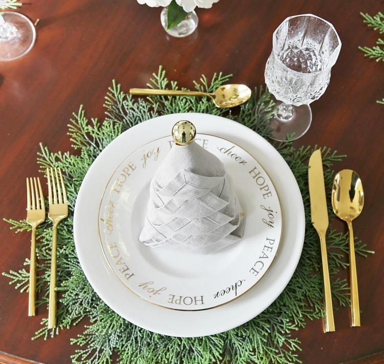dekor/novogodnee-ukrashenie-interiera-foto-2017-v-stile-provans-4.jpg