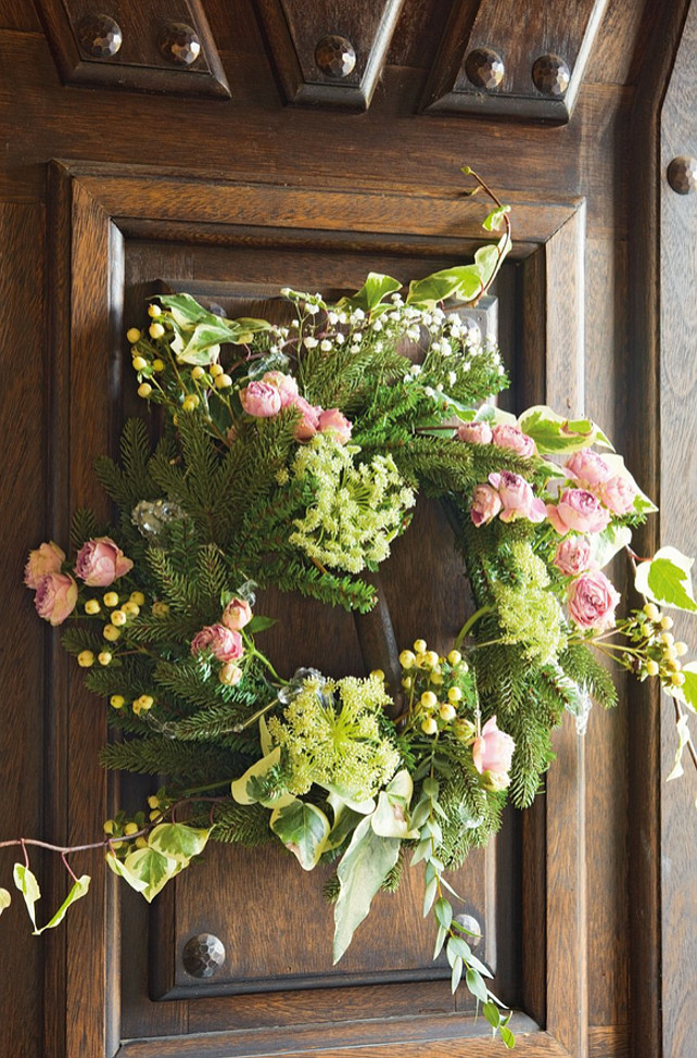 dekor/novogodnie-cvetochnye-kompozicii-v-stile-provans-15.jpg