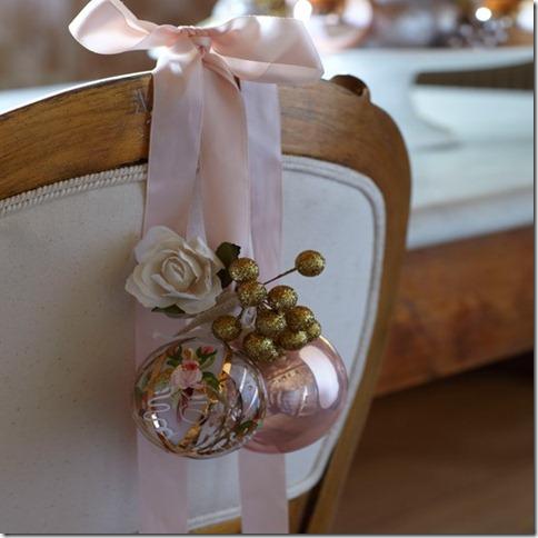 dekor/novogodnie-cvetochnye-kompozicii-v-stile-provans-4.jpg