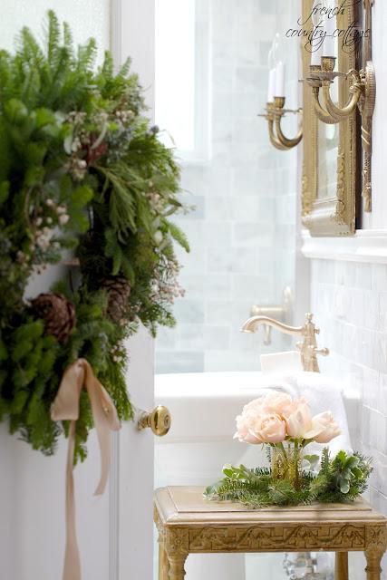 dekor/novogodnie-rozy-foto-v-stile-provans-17.jpg