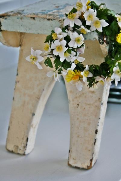 dekor/pashalnye-kompozicii-iz-cvetov-foto-provans-1.jpg