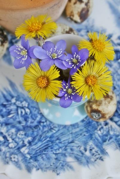 dekor/pashalnye-kompozicii-iz-cvetov-foto-provans-27.jpg