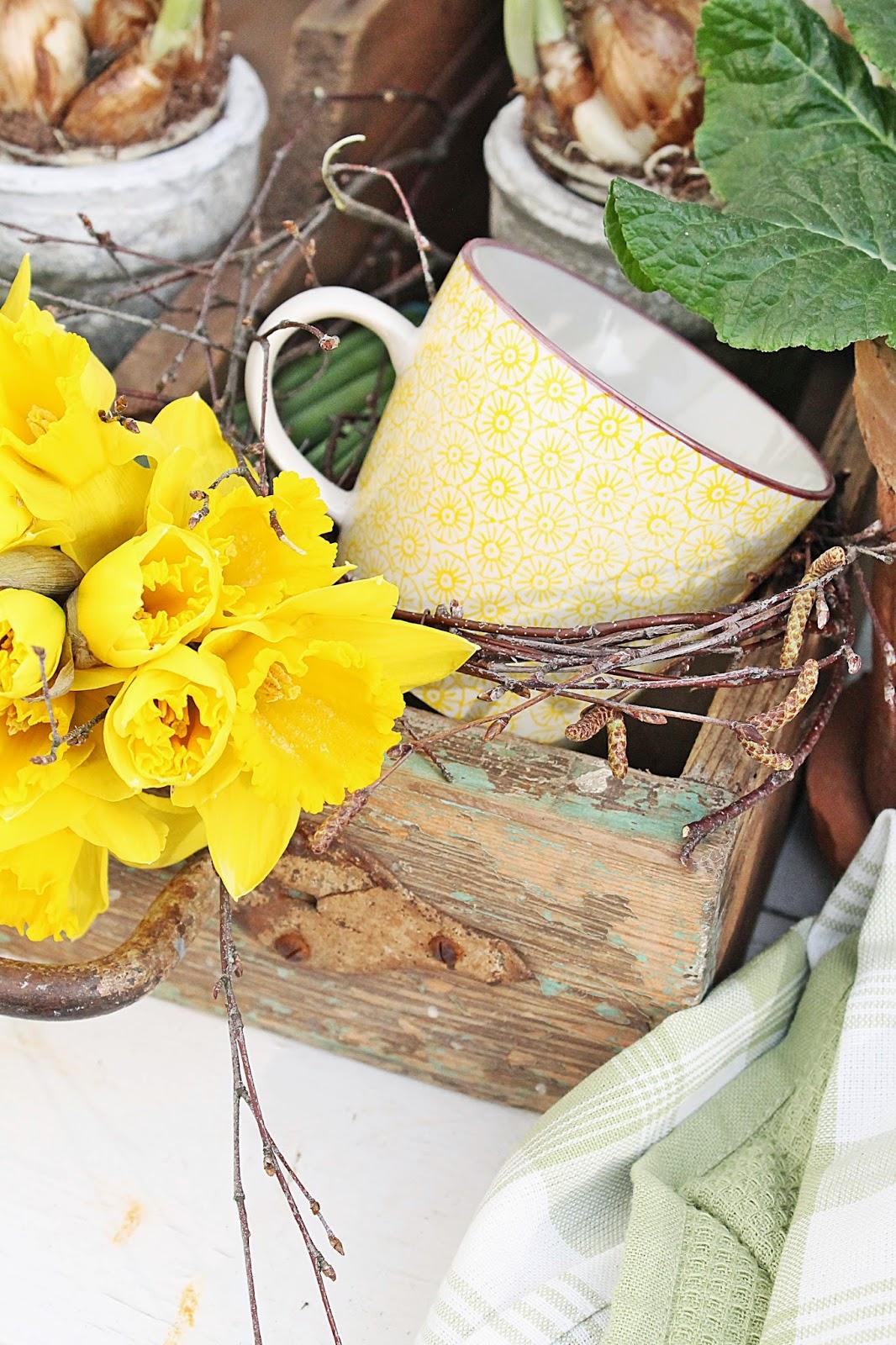 dekor/vesennie-cvety-k-pashe-foto-17.jpg