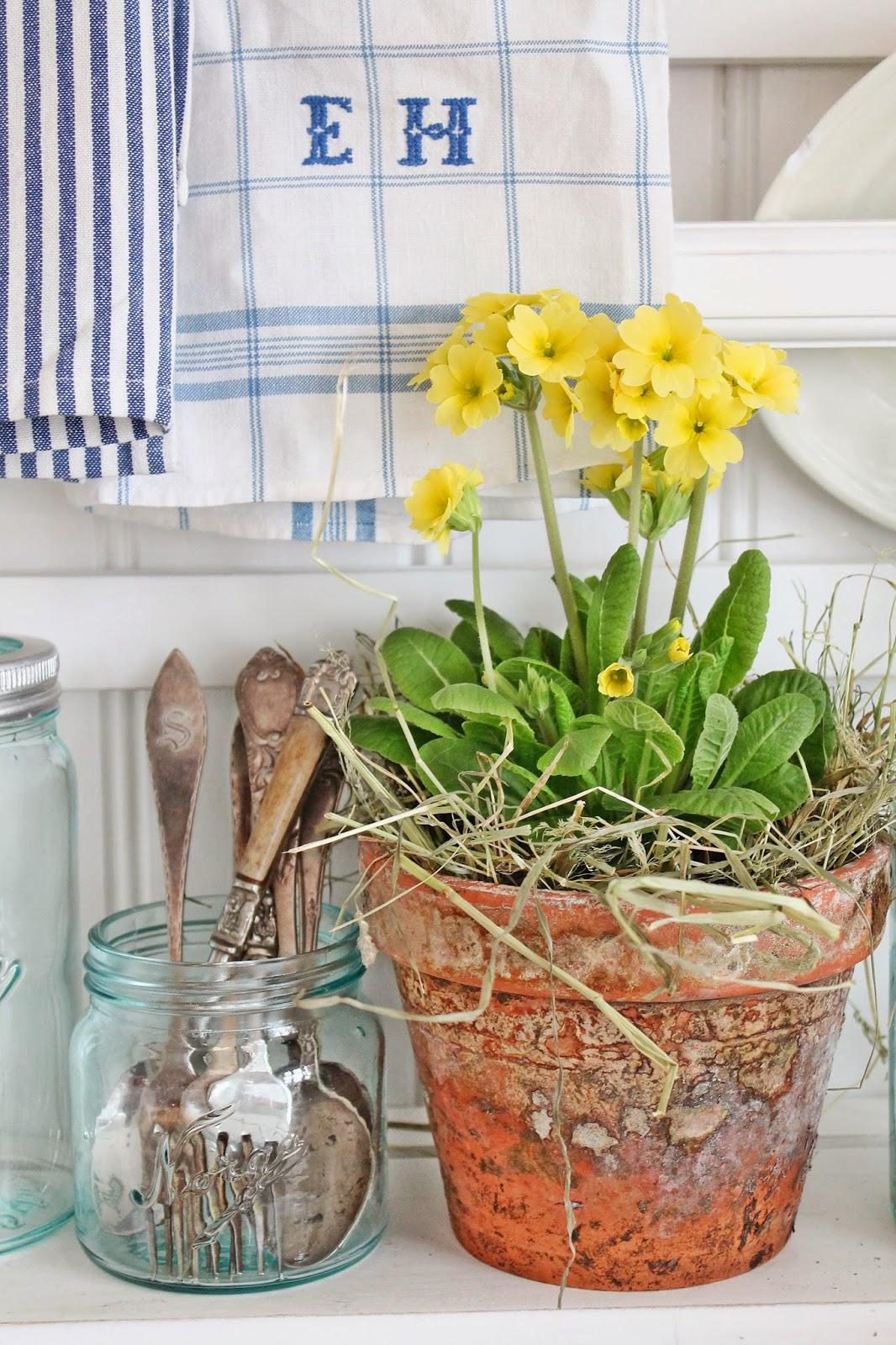 dekor/vesennie-cvety-k-pashe-foto-2.jpg