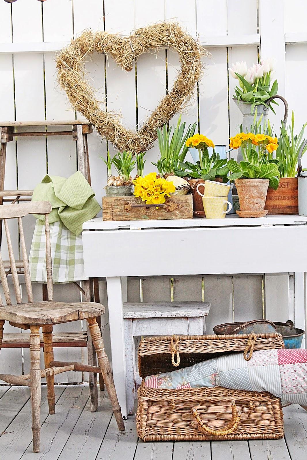 dekor/vesennie-cvety-k-pashe-foto-21.jpg