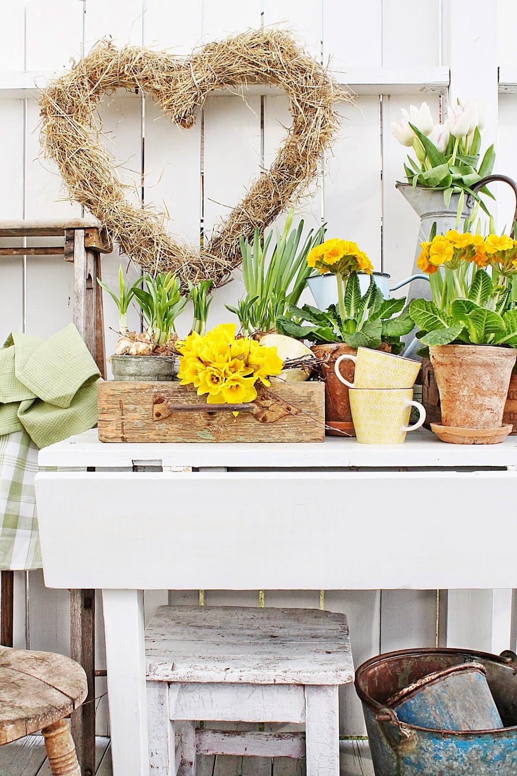 dekor/vesennie-cvety-k-pashe-foto-26.jpg