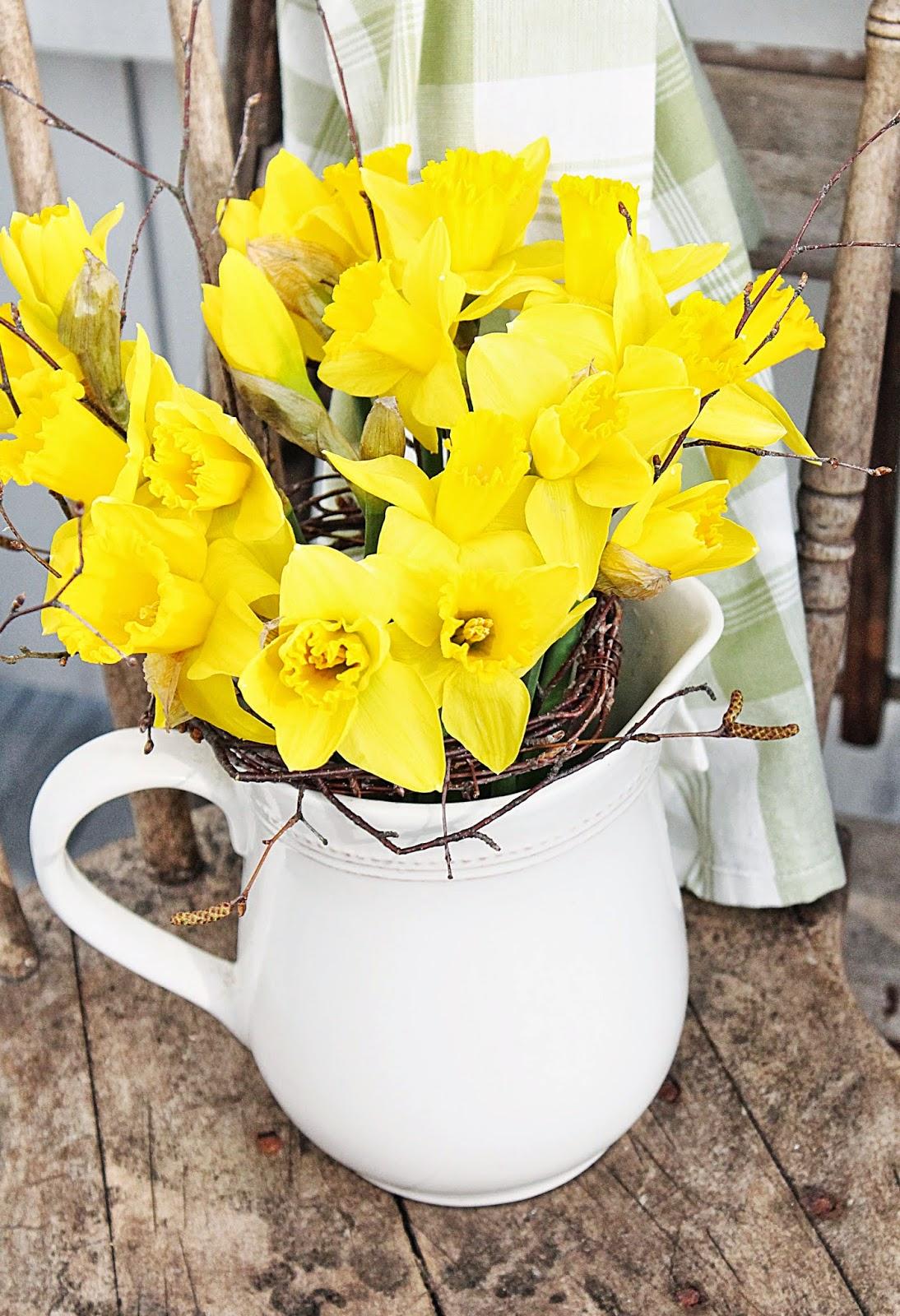 dekor/vesennie-cvety-k-pashe-foto-7.jpg