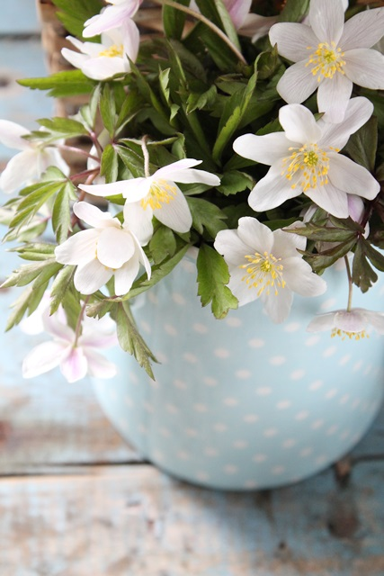 dekor/vesennie-kompozicii-kantri-foto-v-stile-francuzskogo-provansa-10.jpg