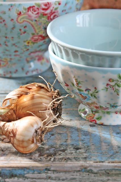 dekor/vesennie-kompozicii-kantri-foto-v-stile-francuzskogo-provansa-12.jpg