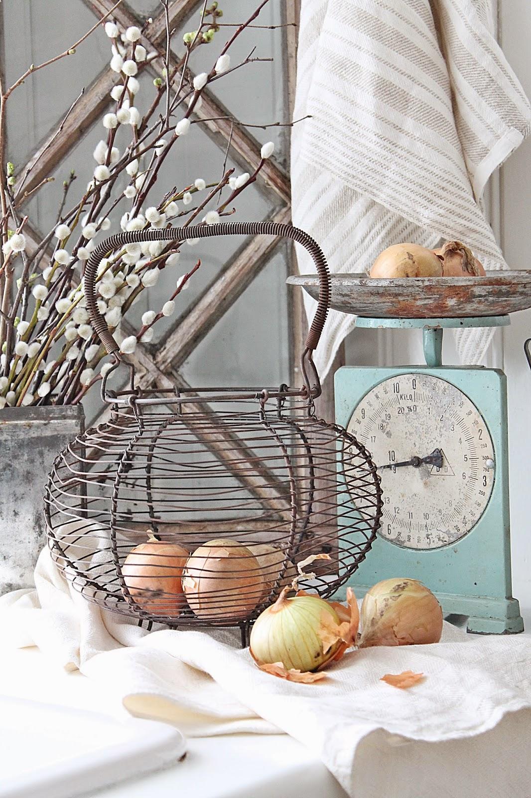 dekor/vesennii-dekor-svoimi-rukami-foto-23.jpg