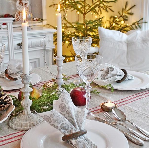 Новогодний стол в провинциальном стиле: 15 фото