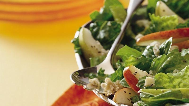 provanskii-salat-s-grushei-kuricei-1