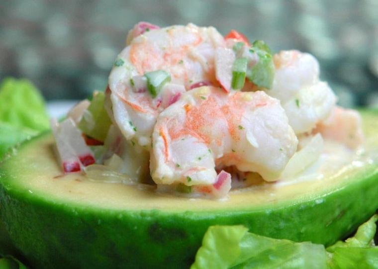 Салаты с авокадо на Новый год 2017: 7 новогодних рецептов французской кухни